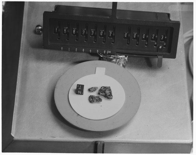 Inventory Photograph of Apollo 15 Sample(s) 15633,02