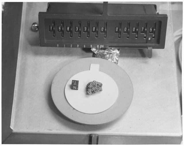 Inventory Photograph of Apollo 15 Sample(s) 15633