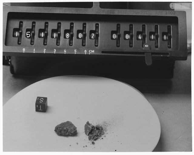 Inventory Photograph of Apollo 15 Sample(s) 15118,02