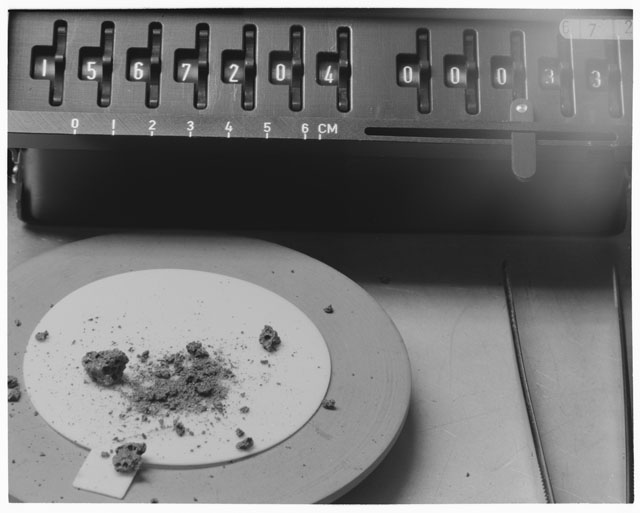 Inventory Photograph of Apollo 15 Sample(s) 15672,4