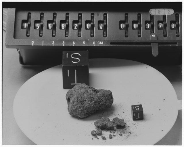 Inventory Photograph of Apollo 15 Sample(s) 15682,04