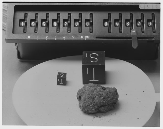 Inventory Photograph of Apollo 15 Sample(s) 15682